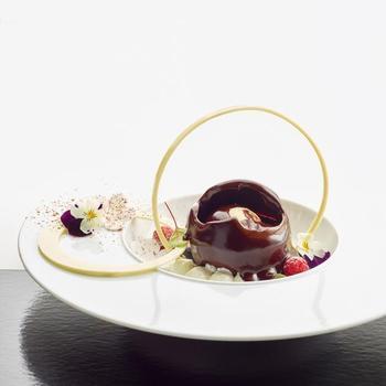 chocolade bol caramel/ praliné ijs